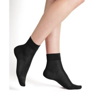 100% Silk socks black