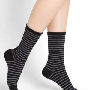 Fine wool stripes SO black 3